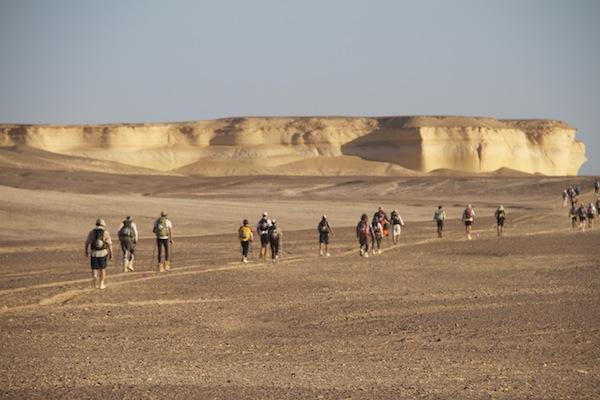 Desert Runners_Line of runners_credit Desert Runners Movie_High